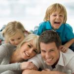 счастливая-семья-дети-и-родители